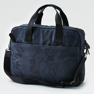 AEO MESSENGER BAG (American Eagle Outfitters)